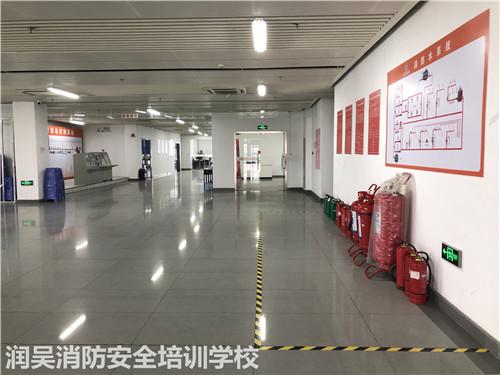 地下车库如何做好消防安全措施